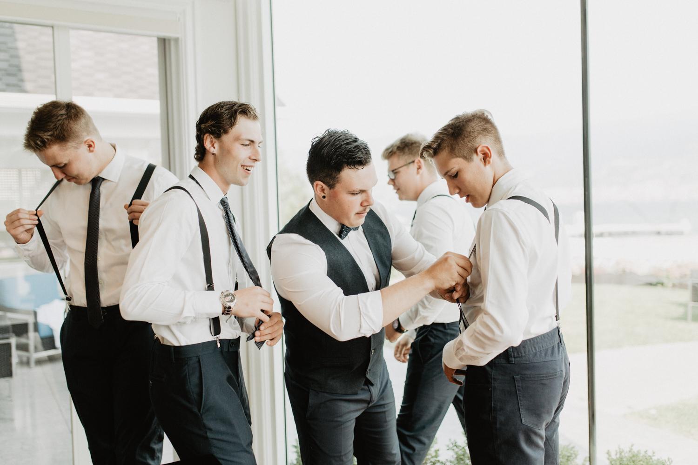 ivyandrosephoto-Summerland-Wedding-4.jpg