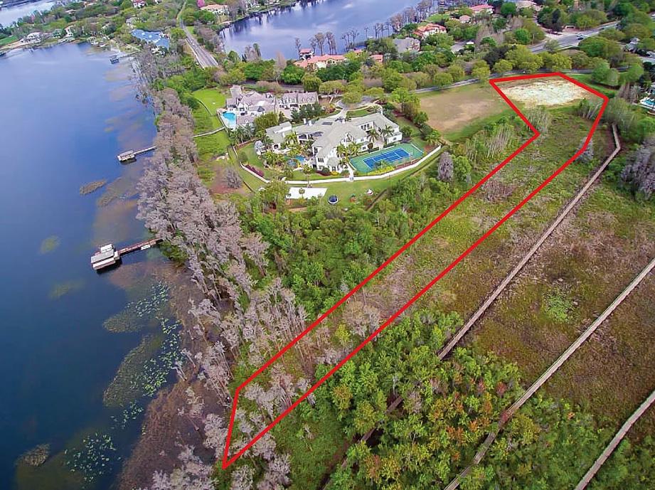 2 +/1 acre homesite on Lake Butler, in Lake Butler Sound, Windermere