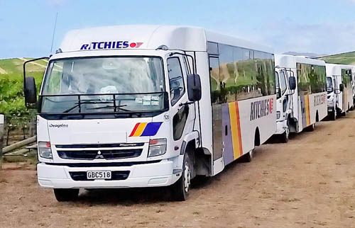 Ritchies vineyard truck bus sml.jpg