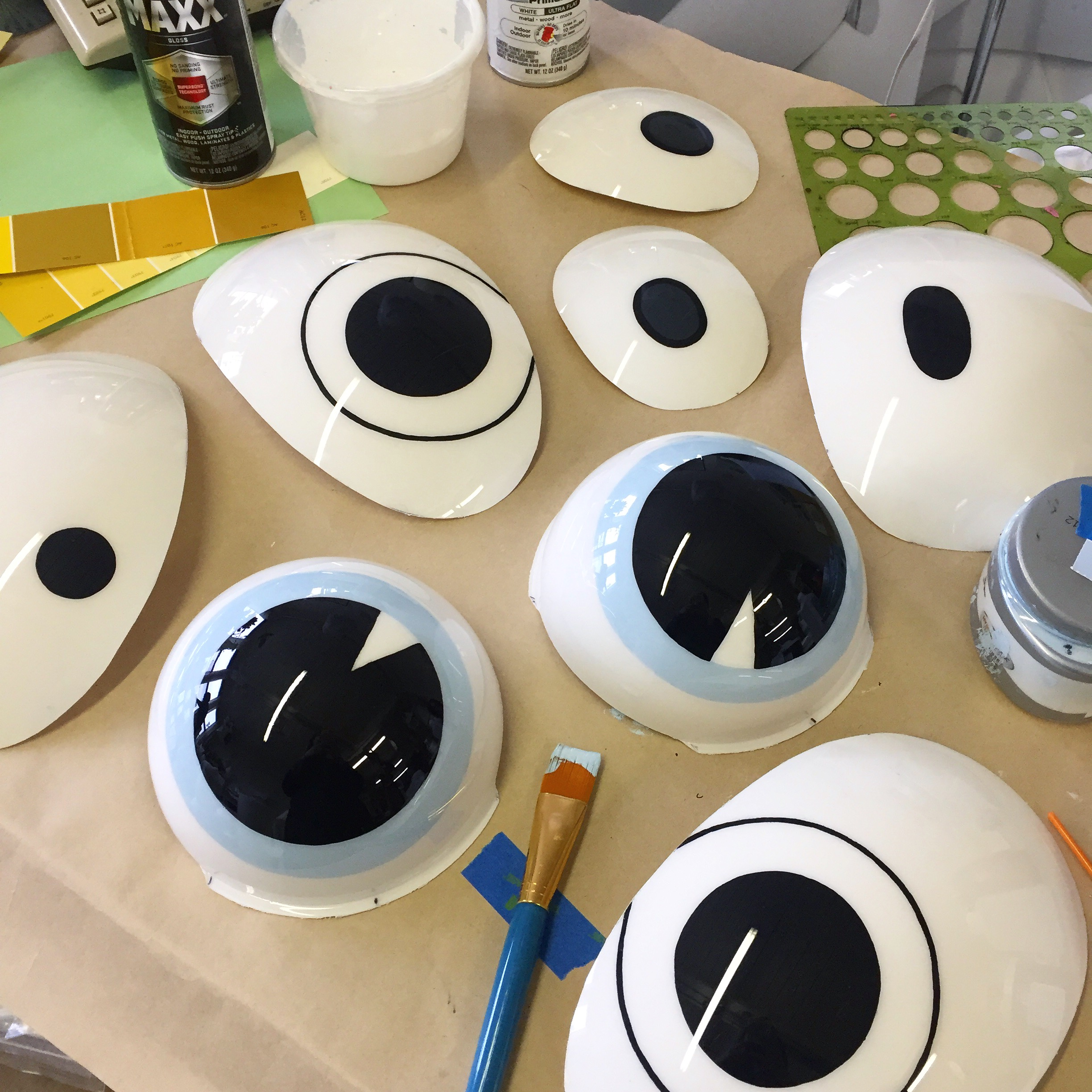 Reverse painting some eyes