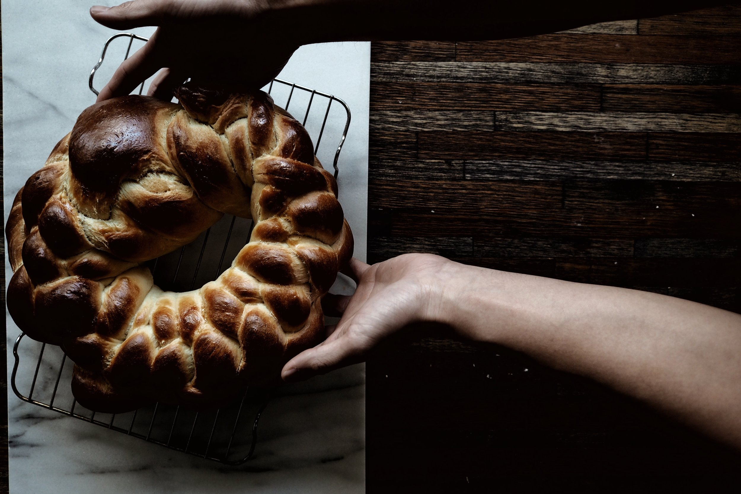 Yeasted challah