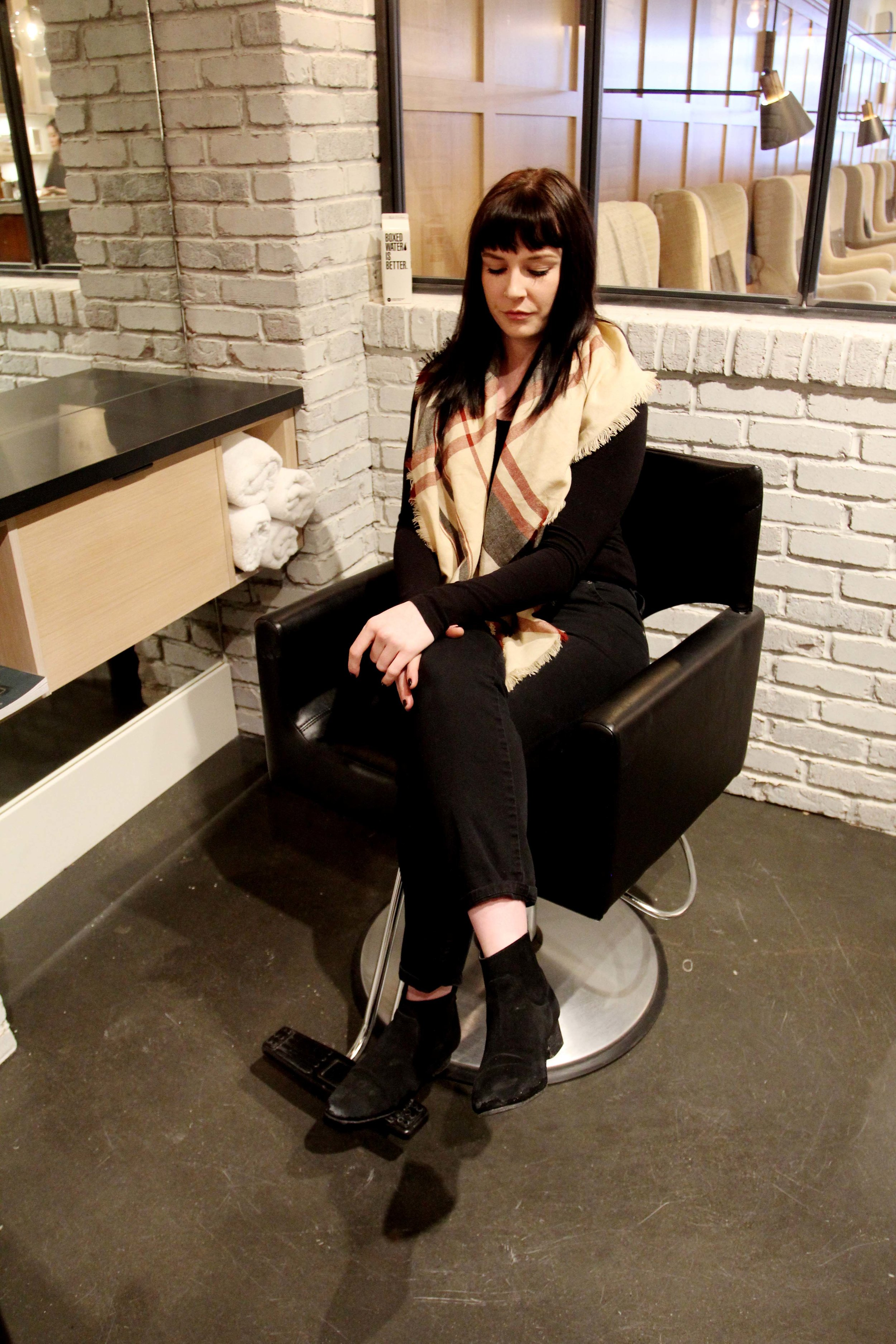 Easy and affordable clothing on a budget in The Clothing Bar YYC, Calgary, Alberta. Photos in Distilled Beauty Bar and Social House Calgary