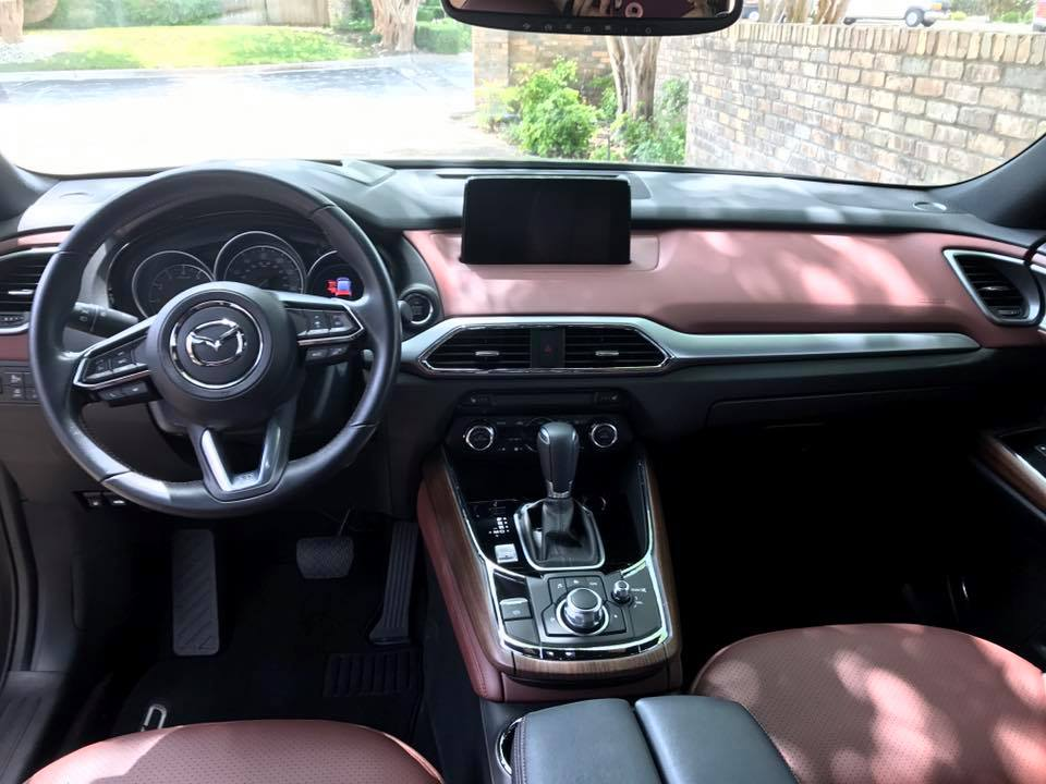 A beautiful interior with bold stitching is eye-catching and comfortable.