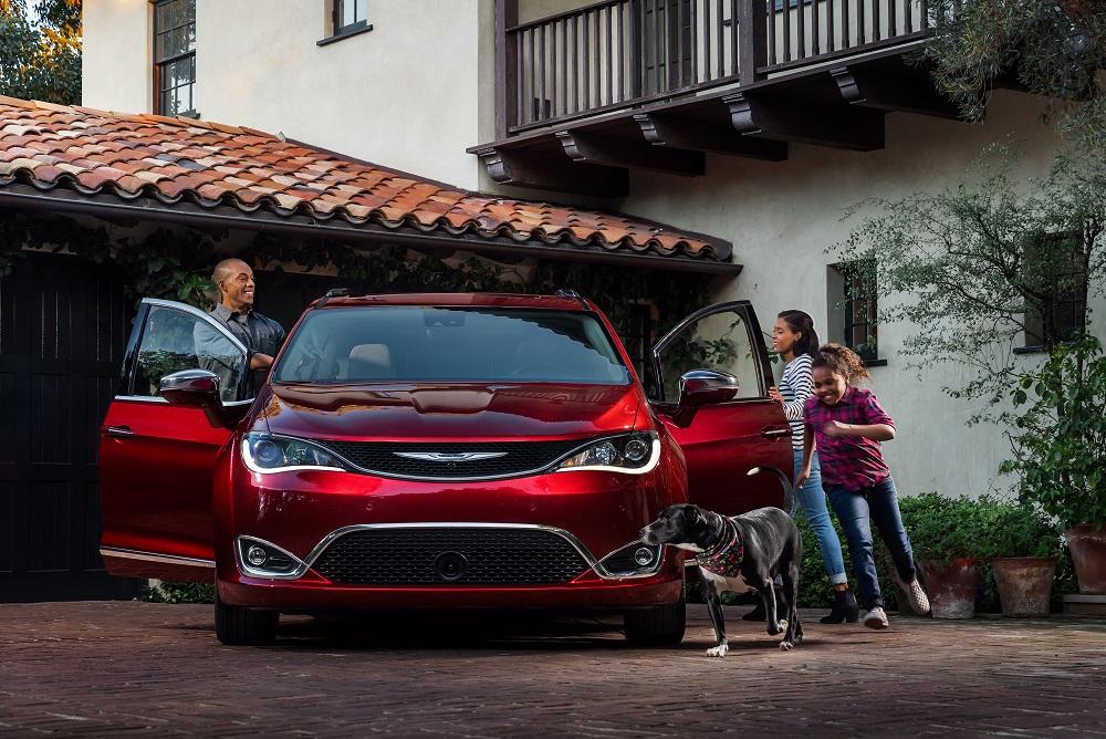 ChryslerPacifica 2.jpg