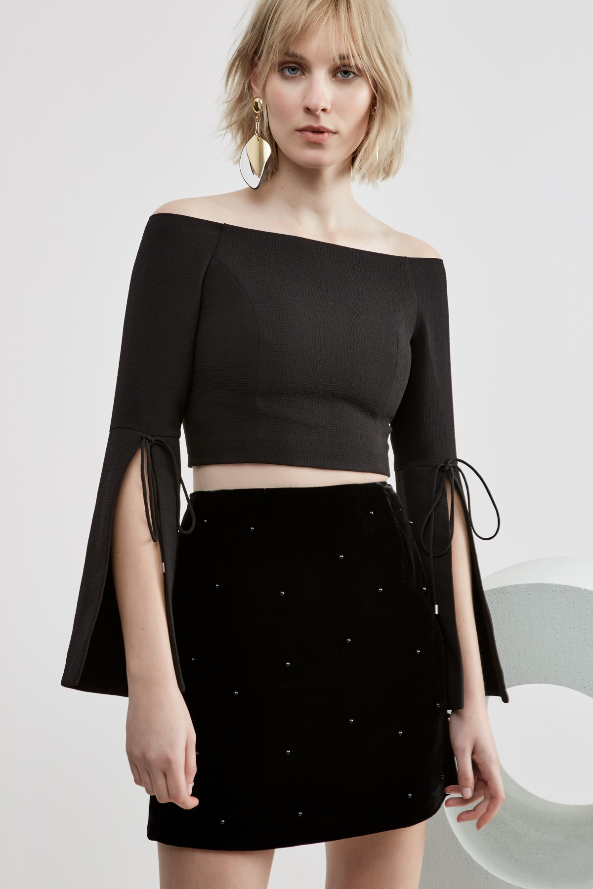 C/MEO COLLECTIVE Allure Pearl Skirt.