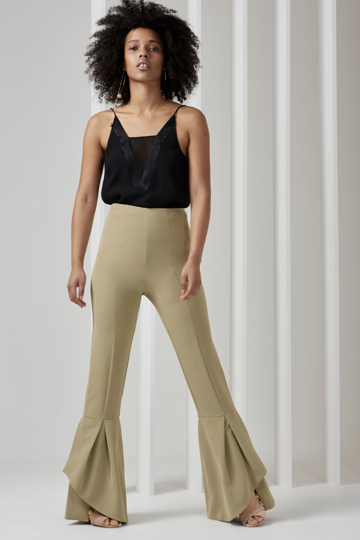 Shop  C/MEO COLLECTIVE Vivid Top  +  Enfold Pants.