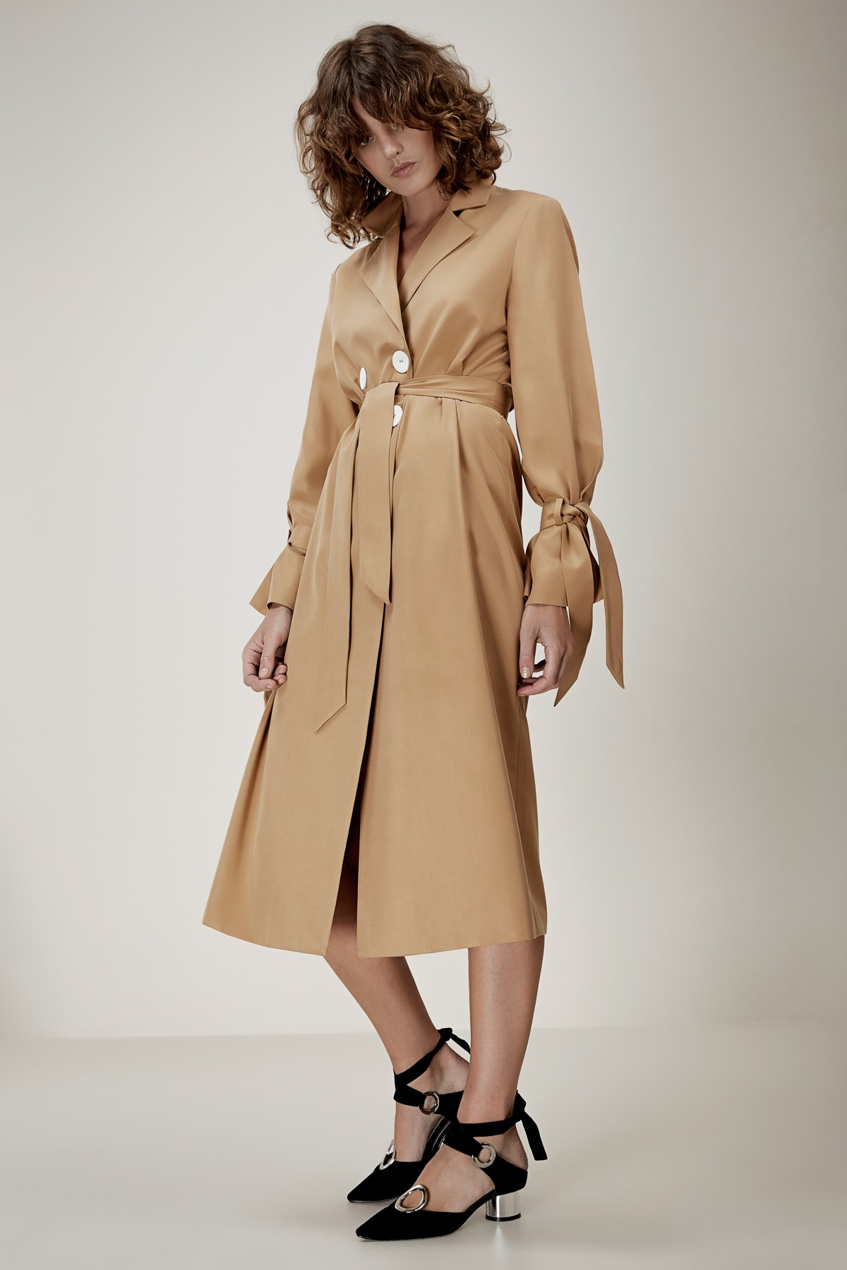 C/MEO COLLECTIVE U nstoppable Trench.