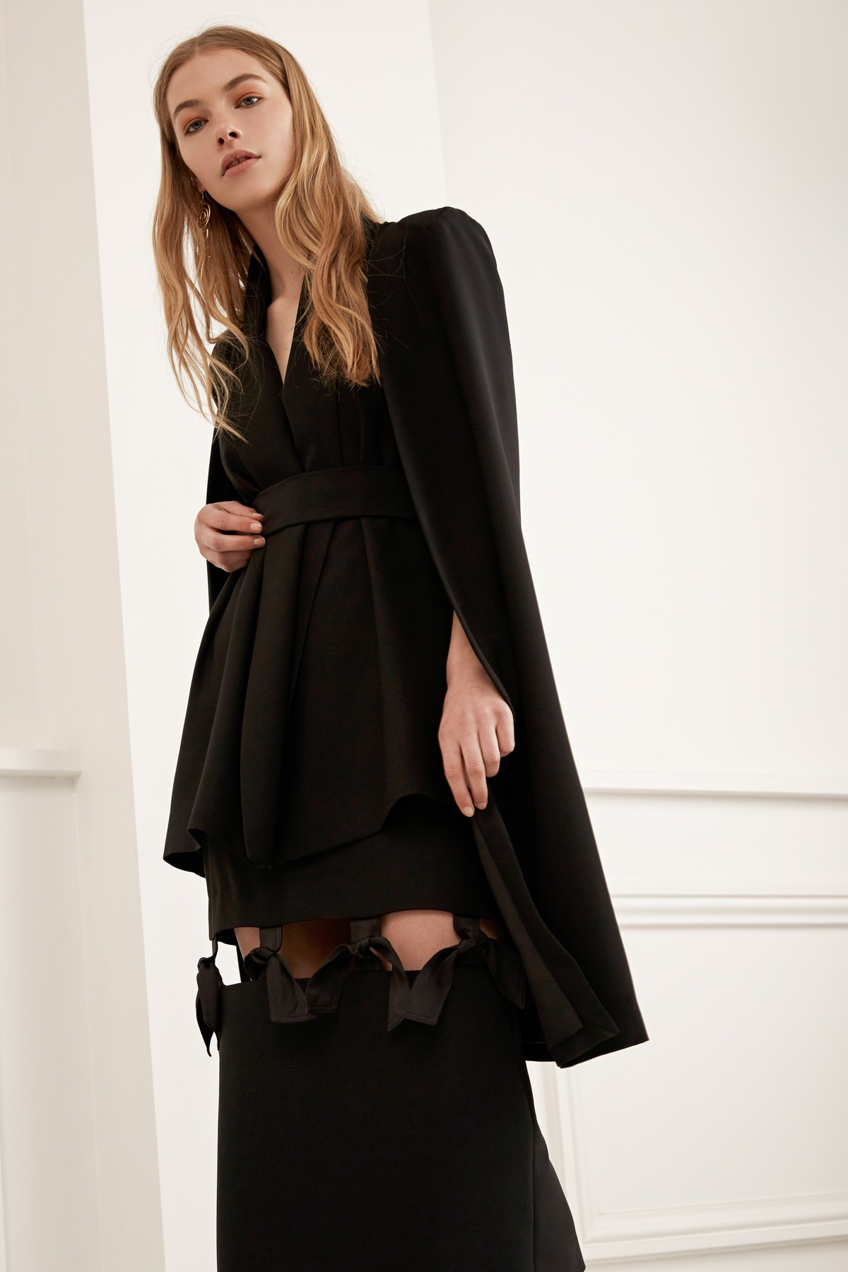 C/MEO COLLECTIVE Limitless Cape