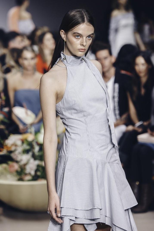 Shop C/MEO Take A Hold Dress.Via @talibinkin + @thestyledr.