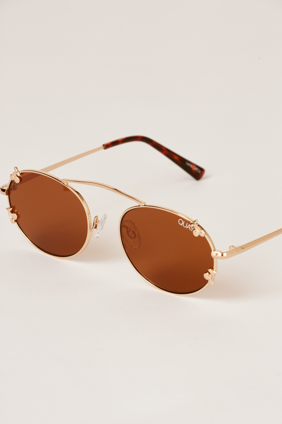 Shop QUAY X Finders Keepers Final Stand sunglasses.