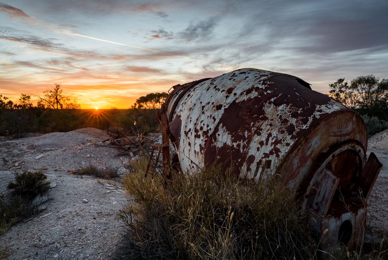 Cement mixer sunrise, Lightning Ridge [LR16]