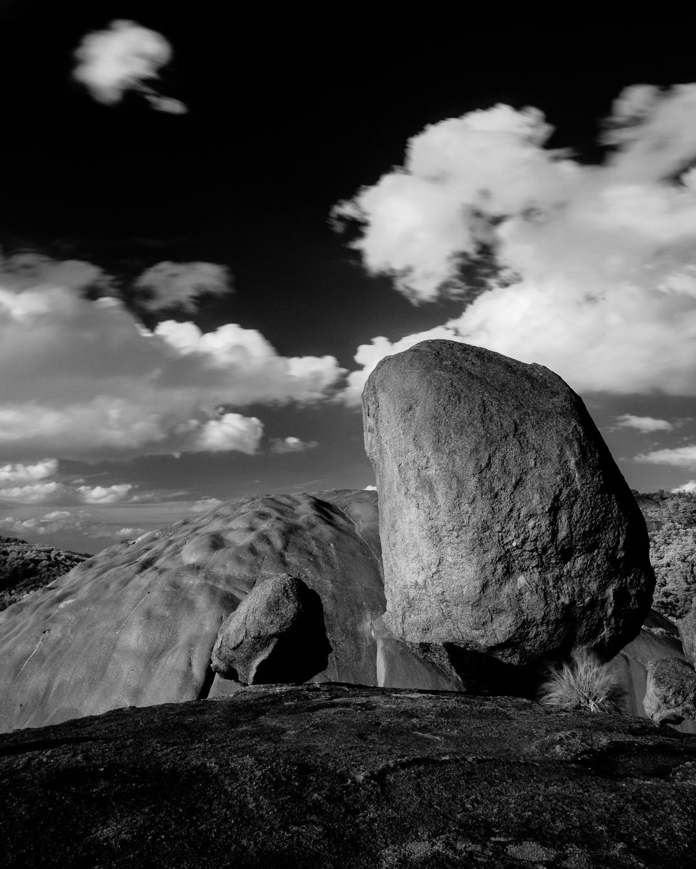 Balancing Rock and Second Pyramid, Girraween NP [GIR05]