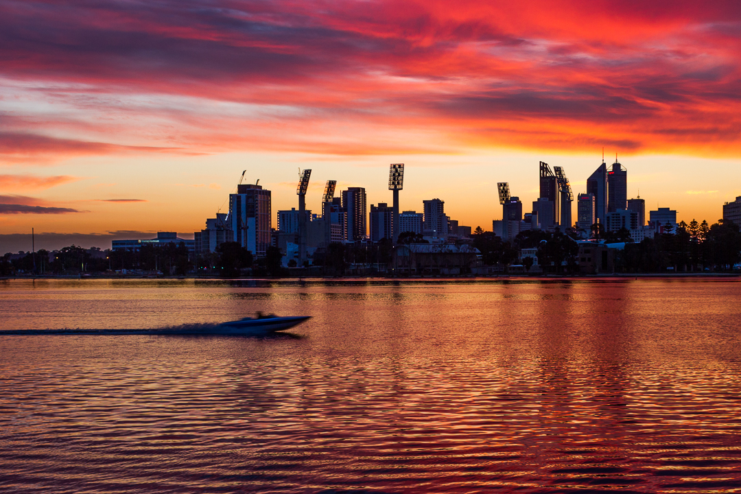 The view from South Perth looking over the Swan River towards the city.