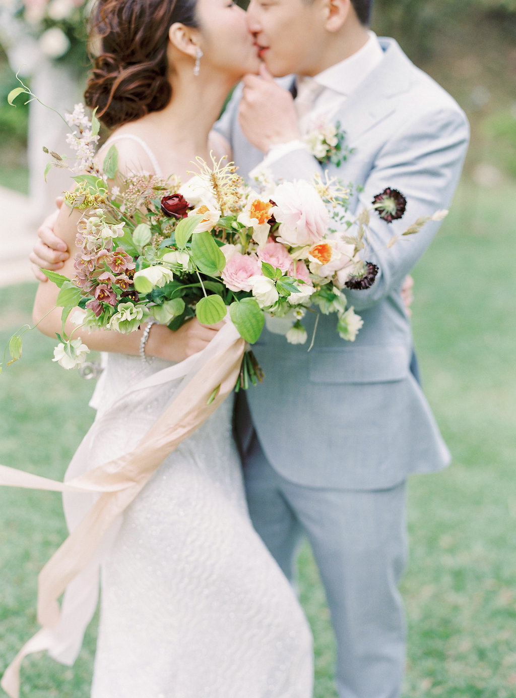 SPRING ROMANCE EDITORIAL STYLED SHOOT   Photography by Jenny Tong Fine Art Photography