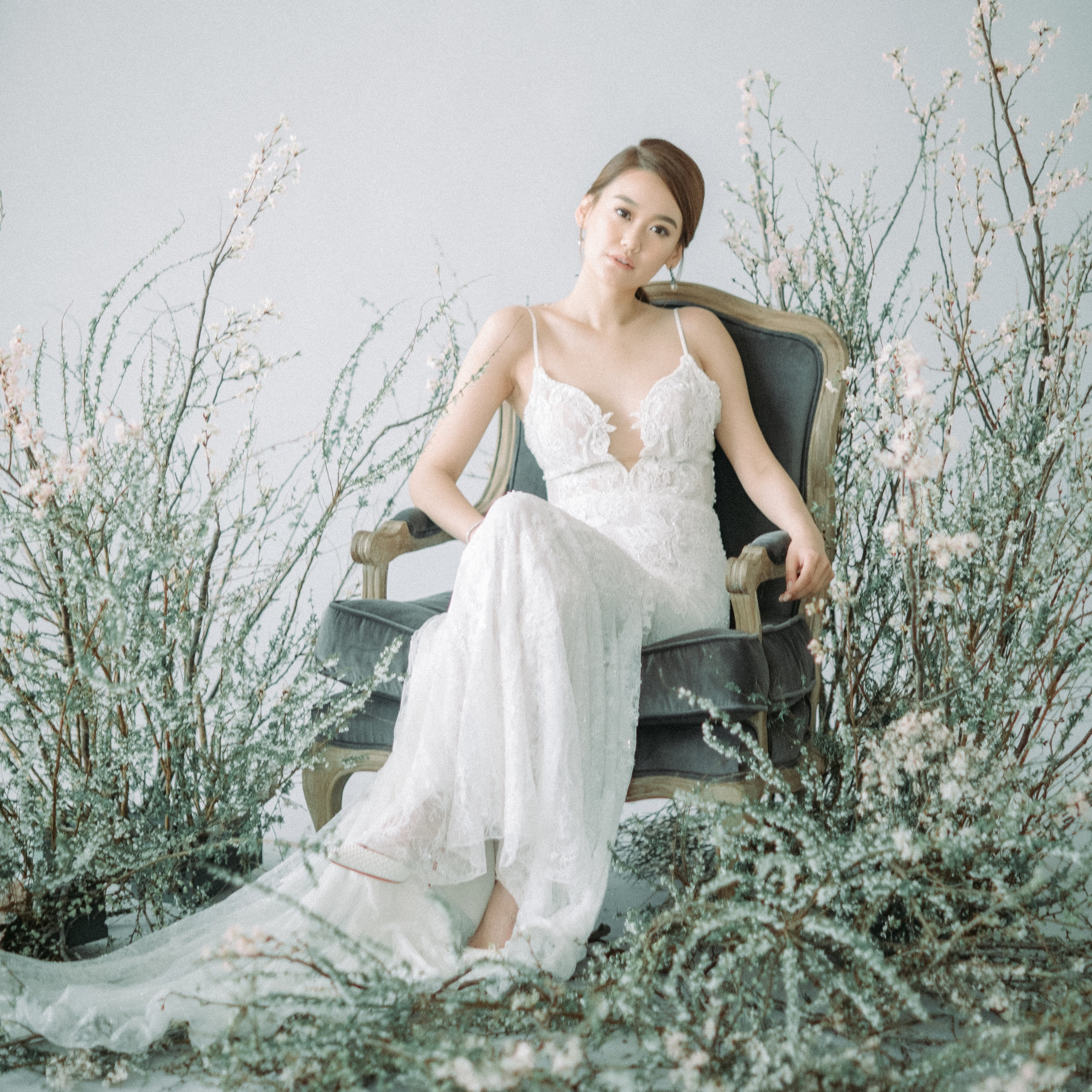 MODERN ETHEREAL EDITORIAL STYLED SHOOT   Photography by MaryAnn Art & Photography