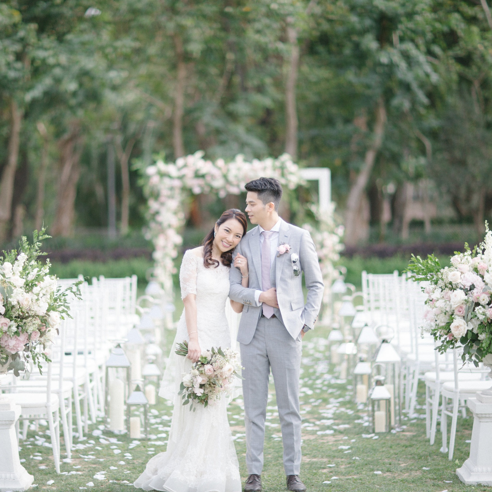 ADA & KELVIN  KOWLOON TSAI PARK BAUHINIA GARDEN  Photography by Mary Ann Art & Photography