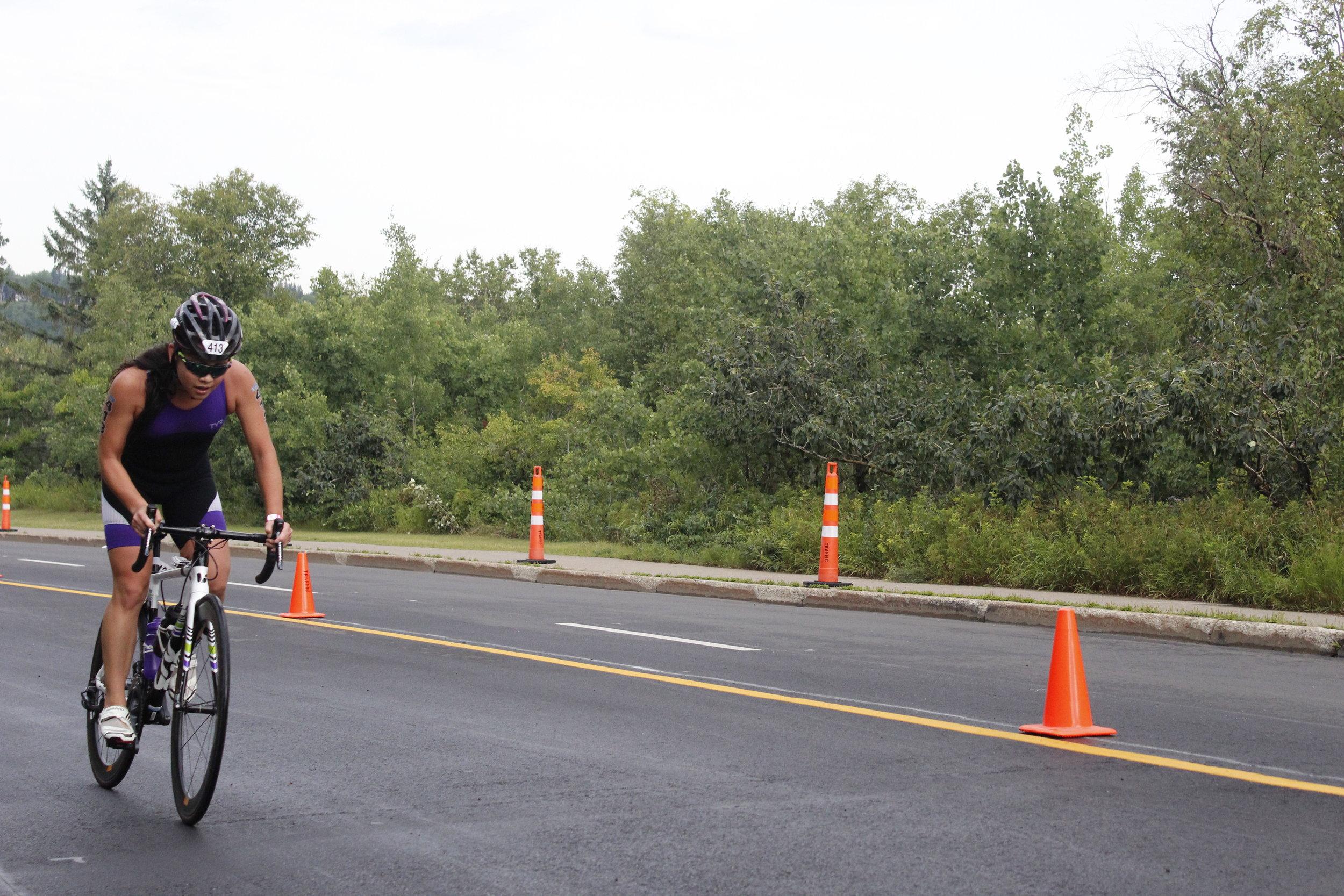 Yume cycling in a triathlon