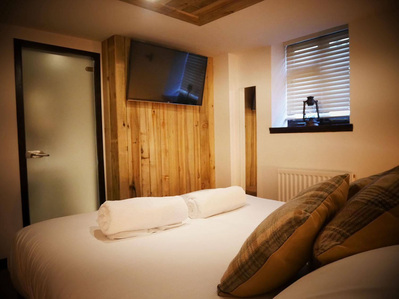 bron-room-wiremill-yummy-pub-co.jpg