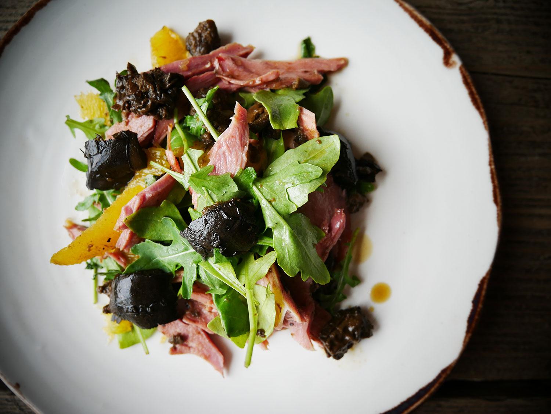 duck-salad-yummy-pub-co.jpg