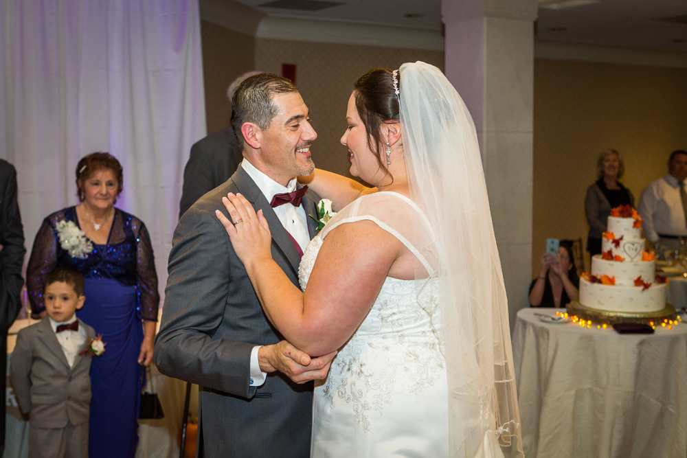 Doubletree_Bedford_Glen_wedding_photos-TraceyWedding-537.jpg