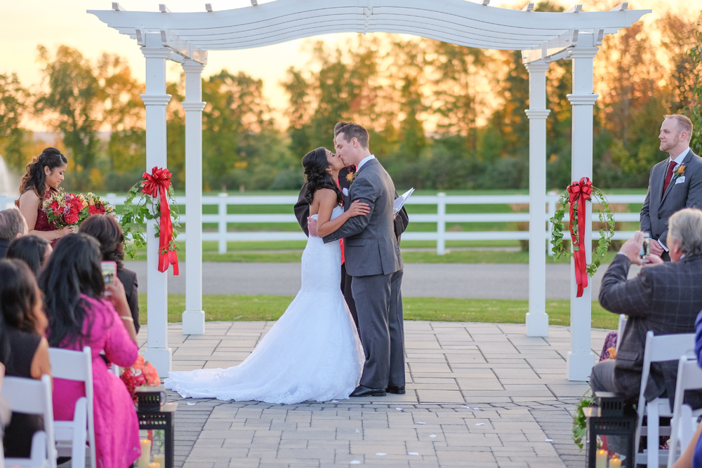 Wedding Photography at the Four Oaks Country Club in Dracut MA