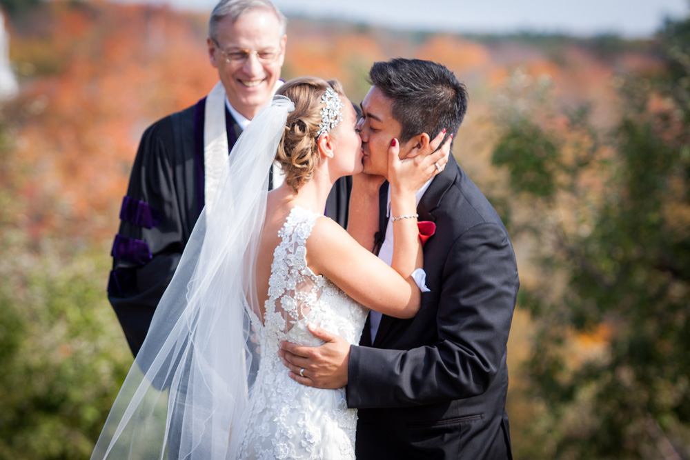 Candid wedding photography at the Nashoba Valley Winery in Bolton MA