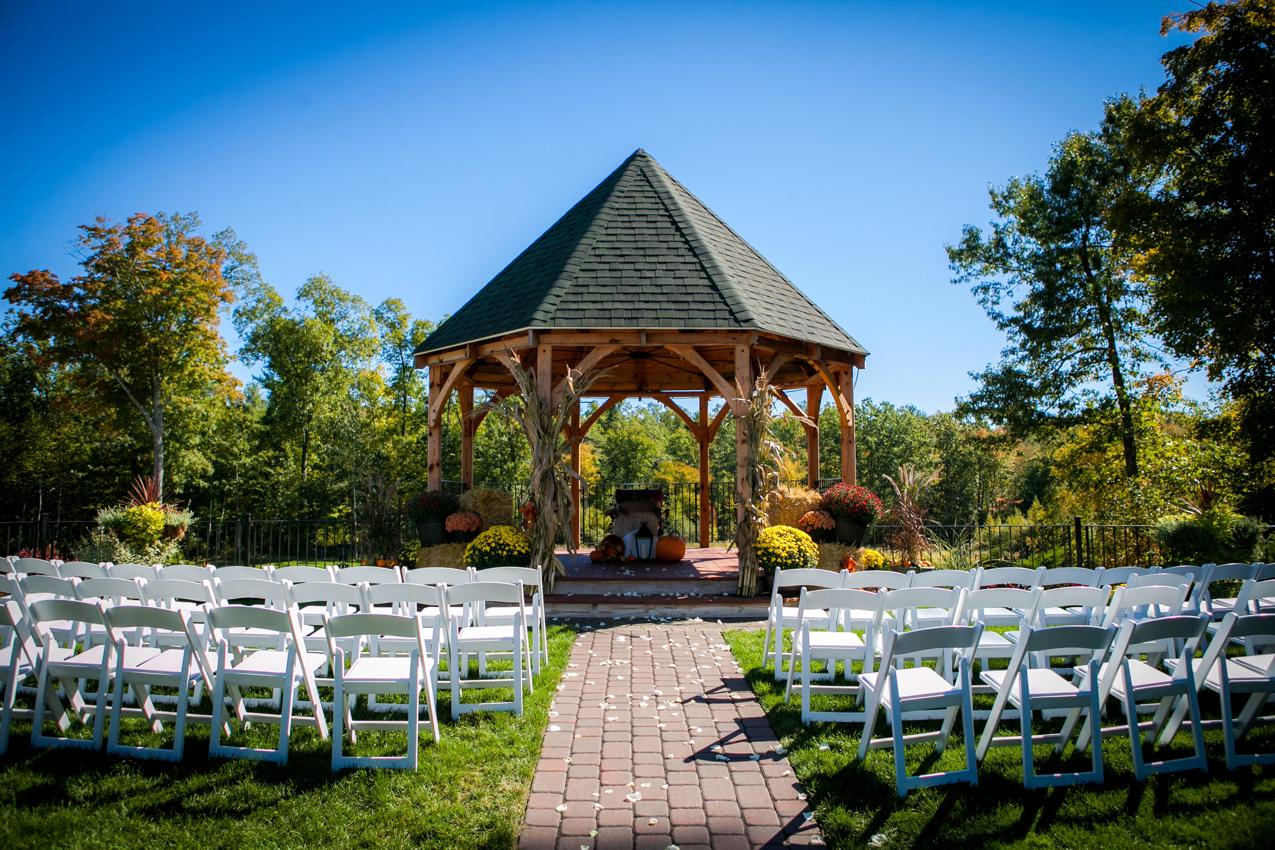zorvino_sandown_NH_wedding_photography-3.jpg