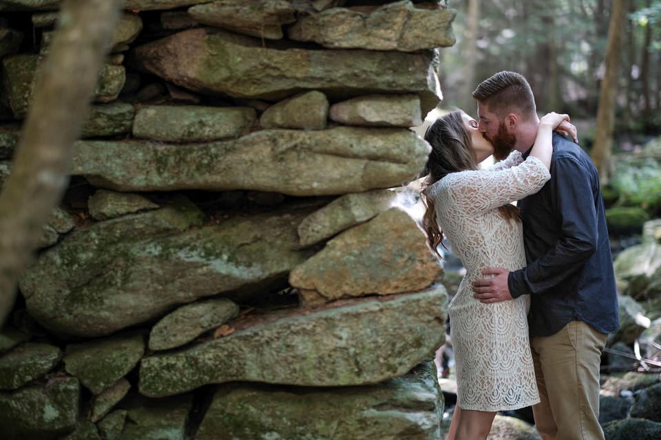 Candid_photography_engagement_waterfall-49.jpg