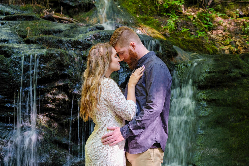 Candid_photography_engagement_waterfall-98.jpg