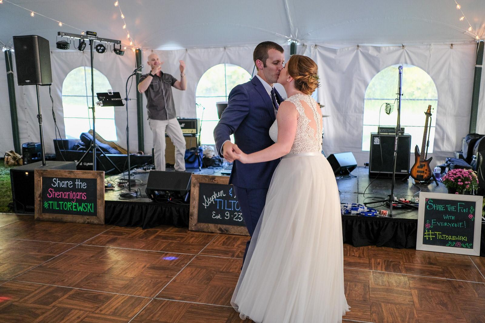 Southern-NH-Wedding-photography-720.jpg