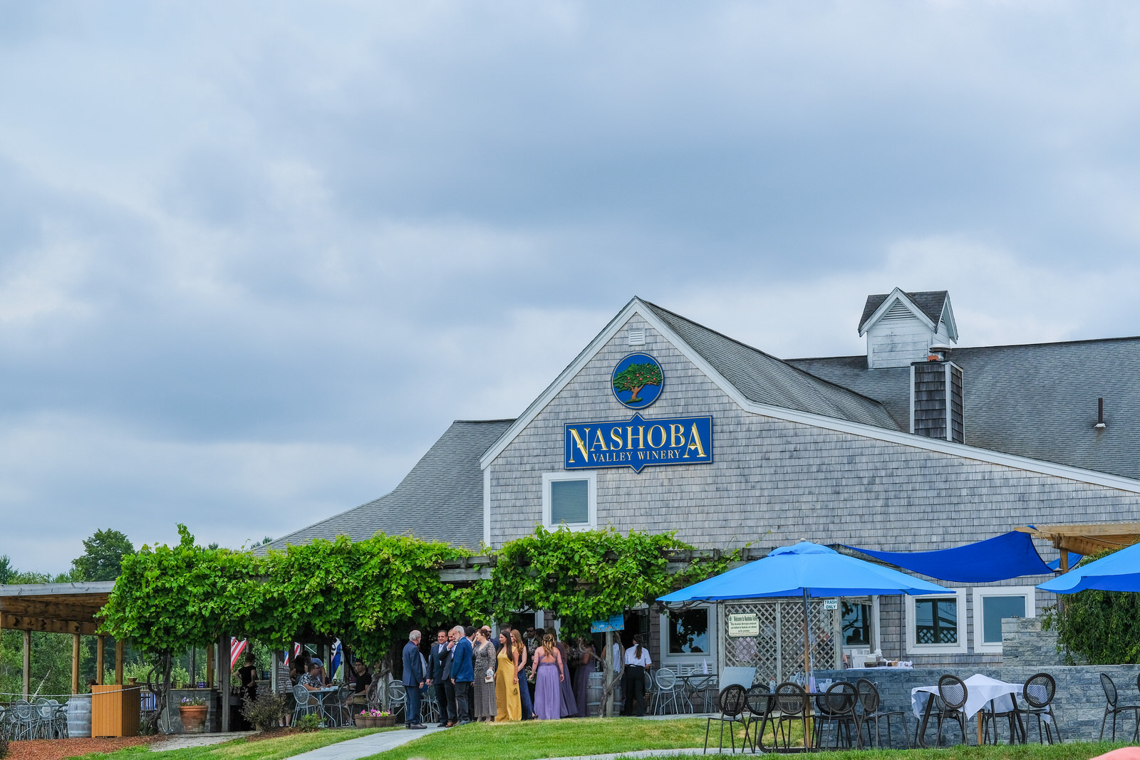 nashoba-valley-winery-wedding-photography-181.jpg