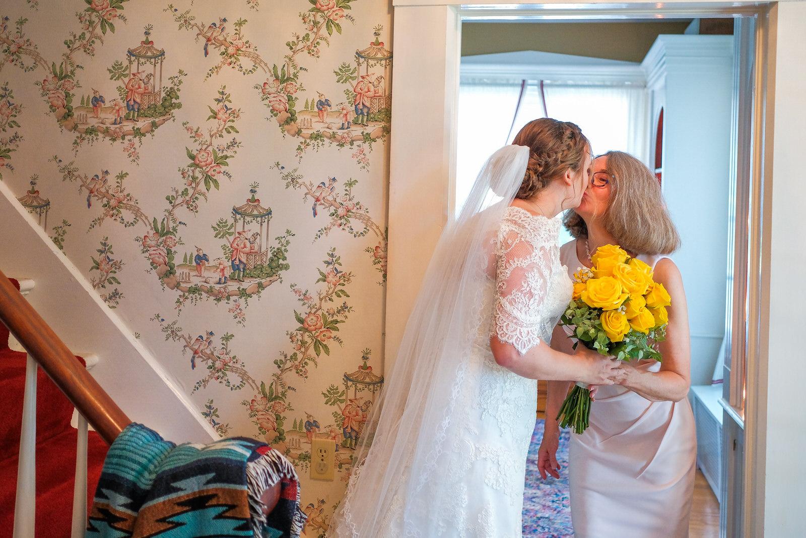 candid-vermont-wedding-photography-309.jpg