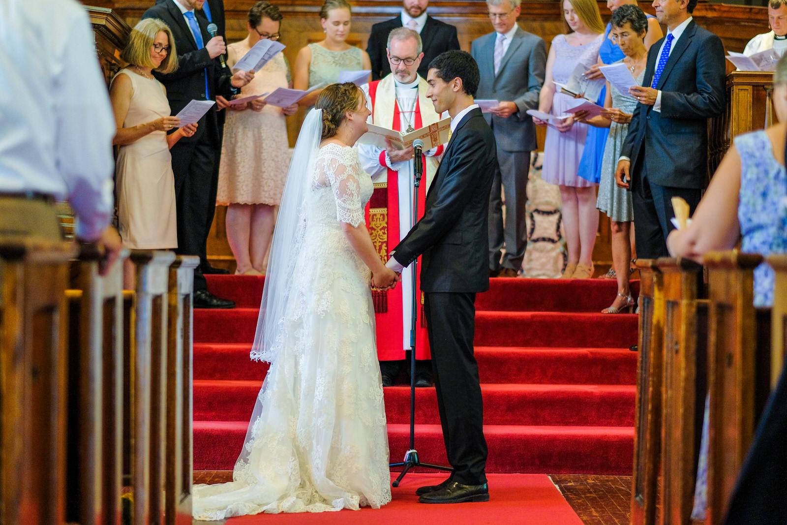 candid-vermont-wedding-photography-576.jpg