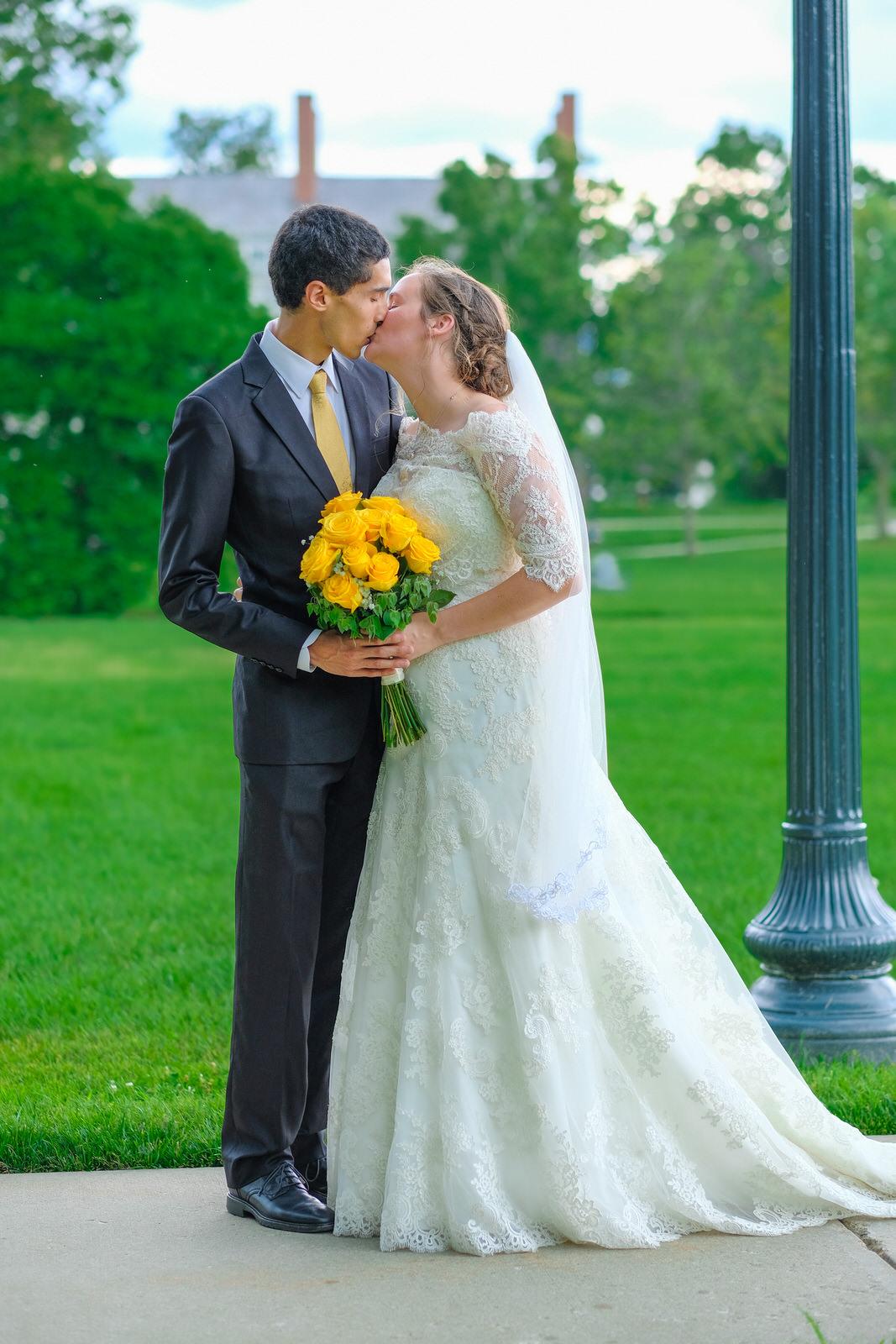 candid-vermont-wedding-photography-832.jpg