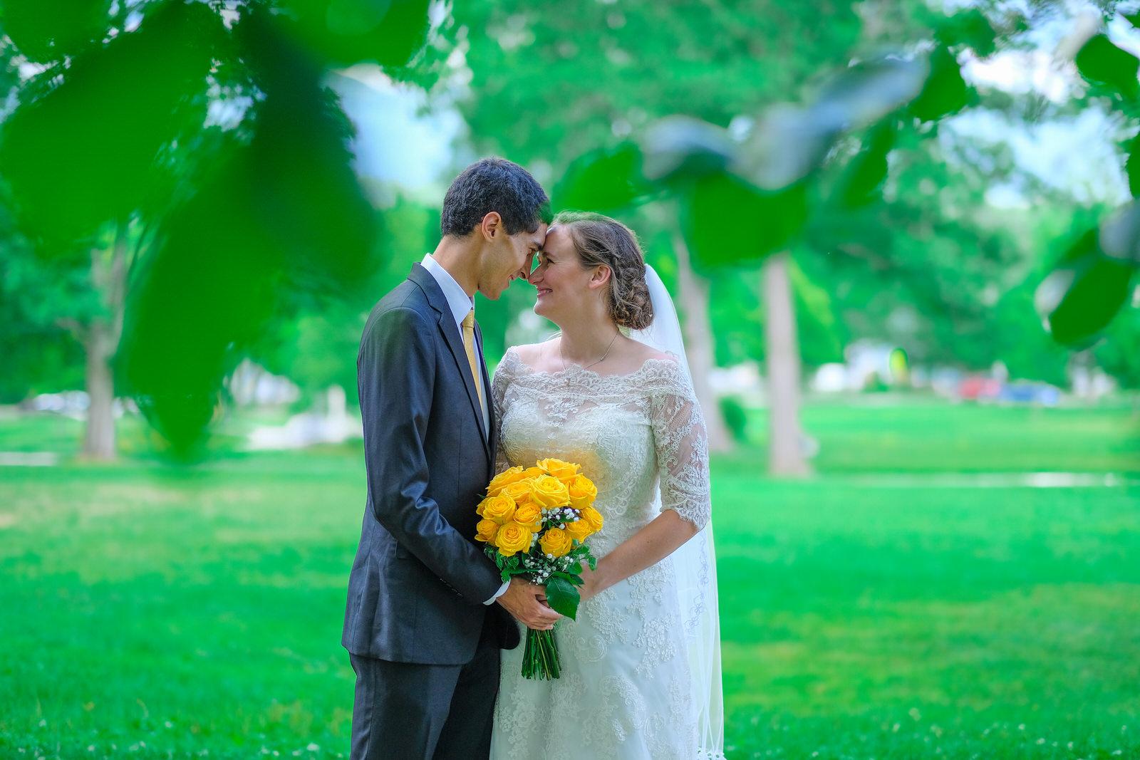 candid-vermont-wedding-photography-910.jpg