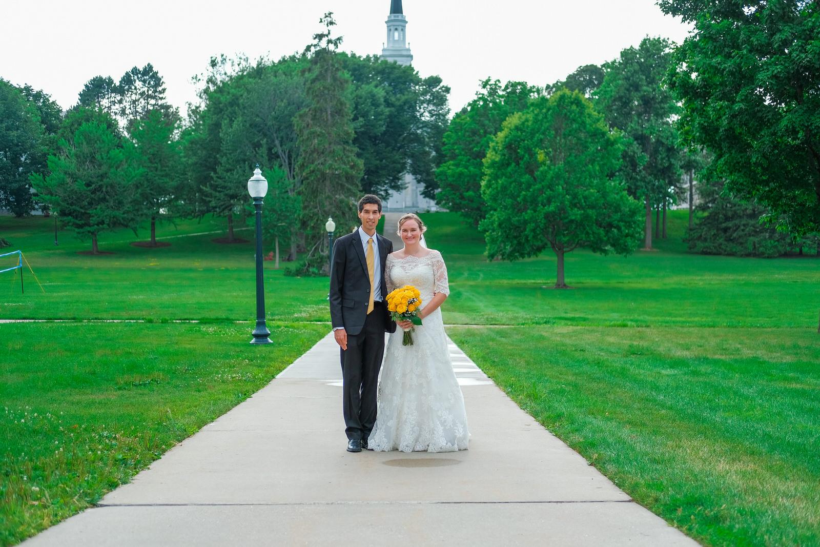 candid-vermont-wedding-photography-1023.jpg