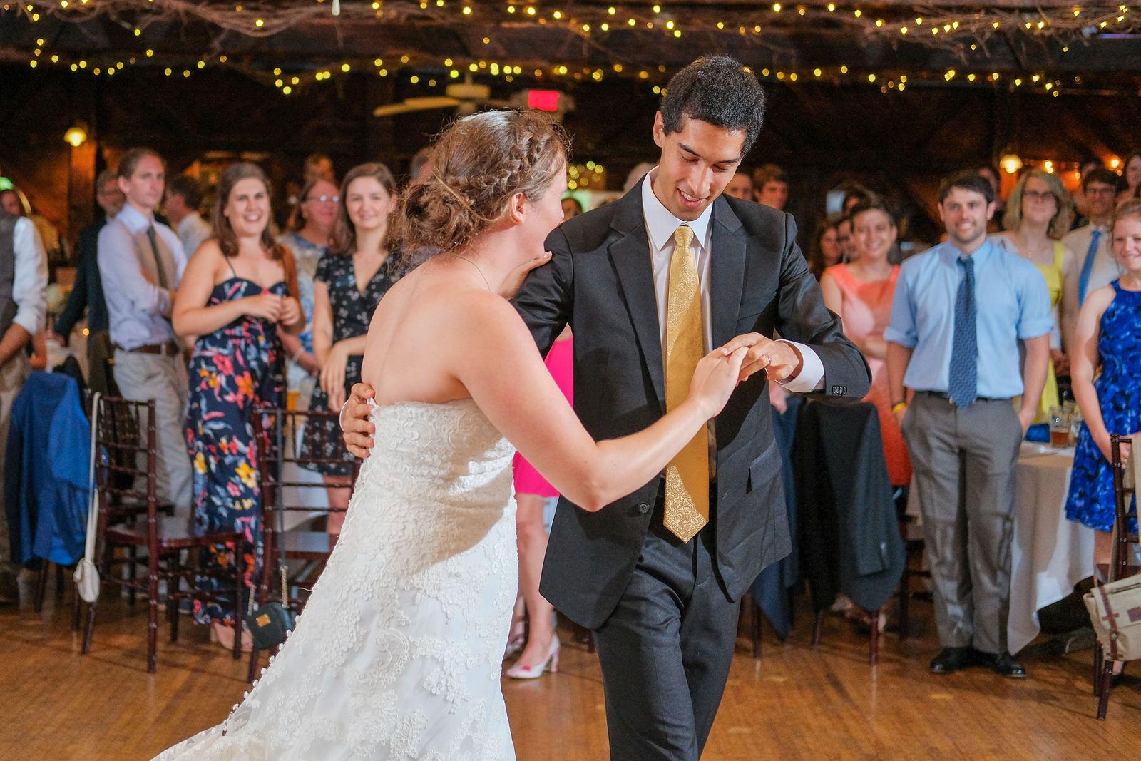 candid-vermont-wedding-photography-1053.jpg