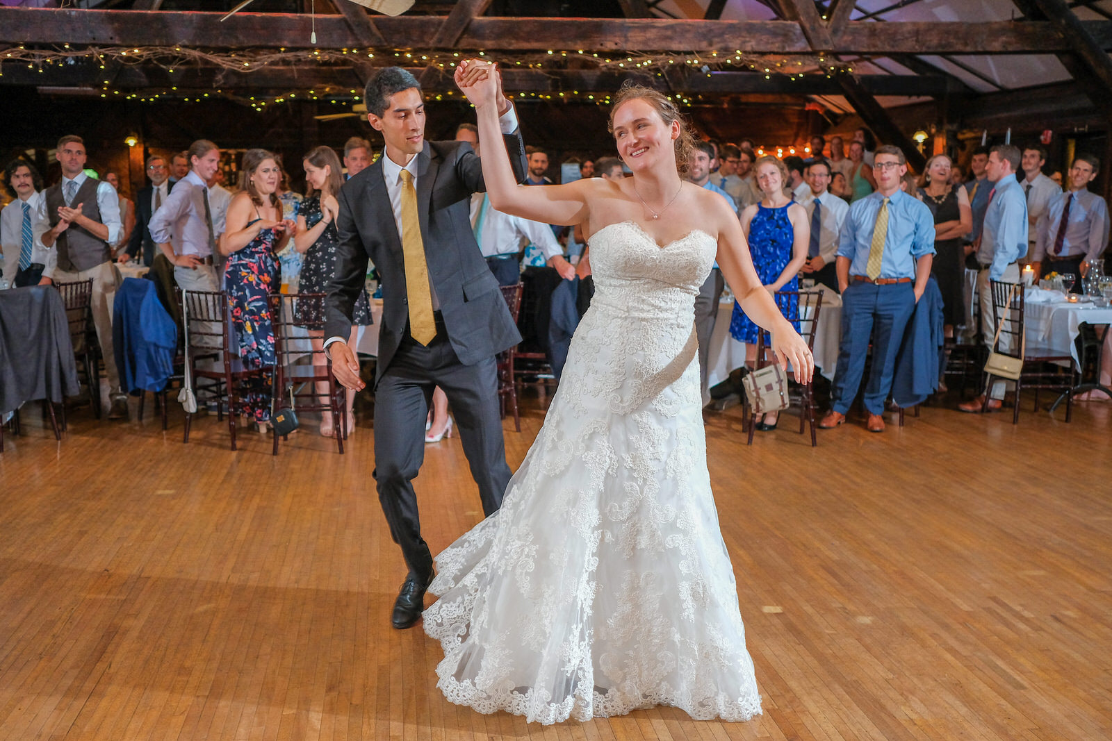 candid-vermont-wedding-photography-1067.jpg