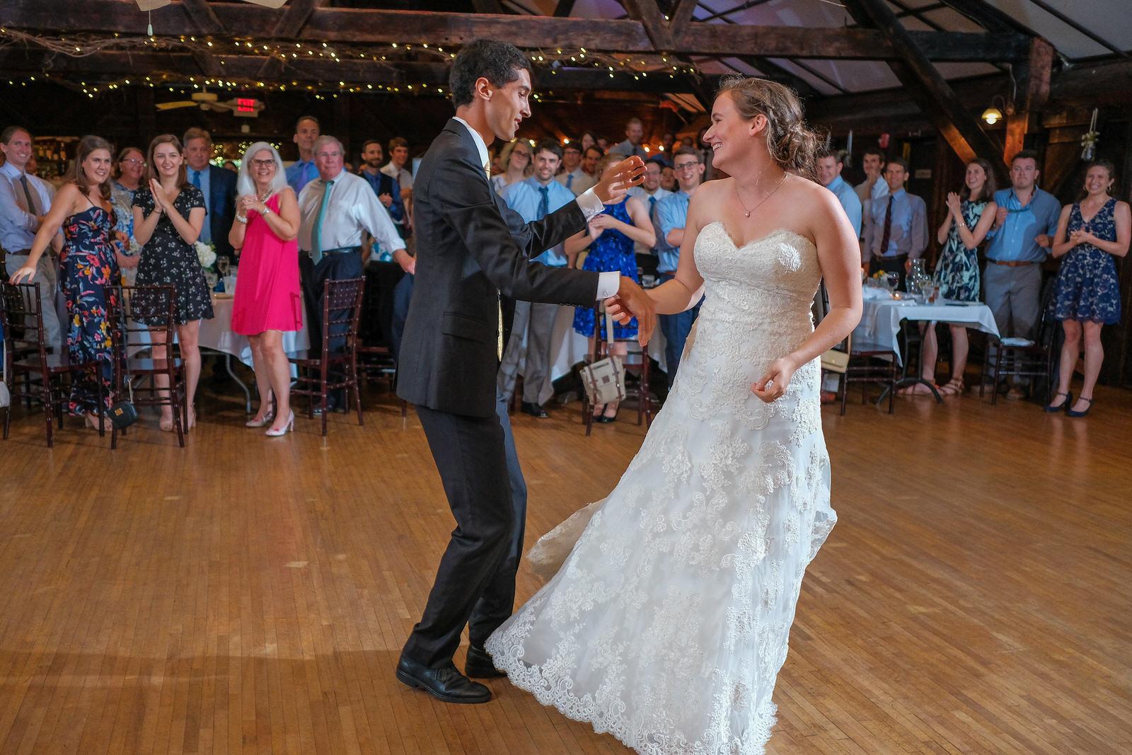 candid-vermont-wedding-photography-1072.jpg