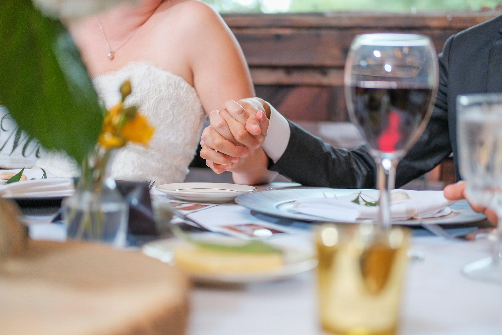 candid-vermont-wedding-photography-1091.jpg