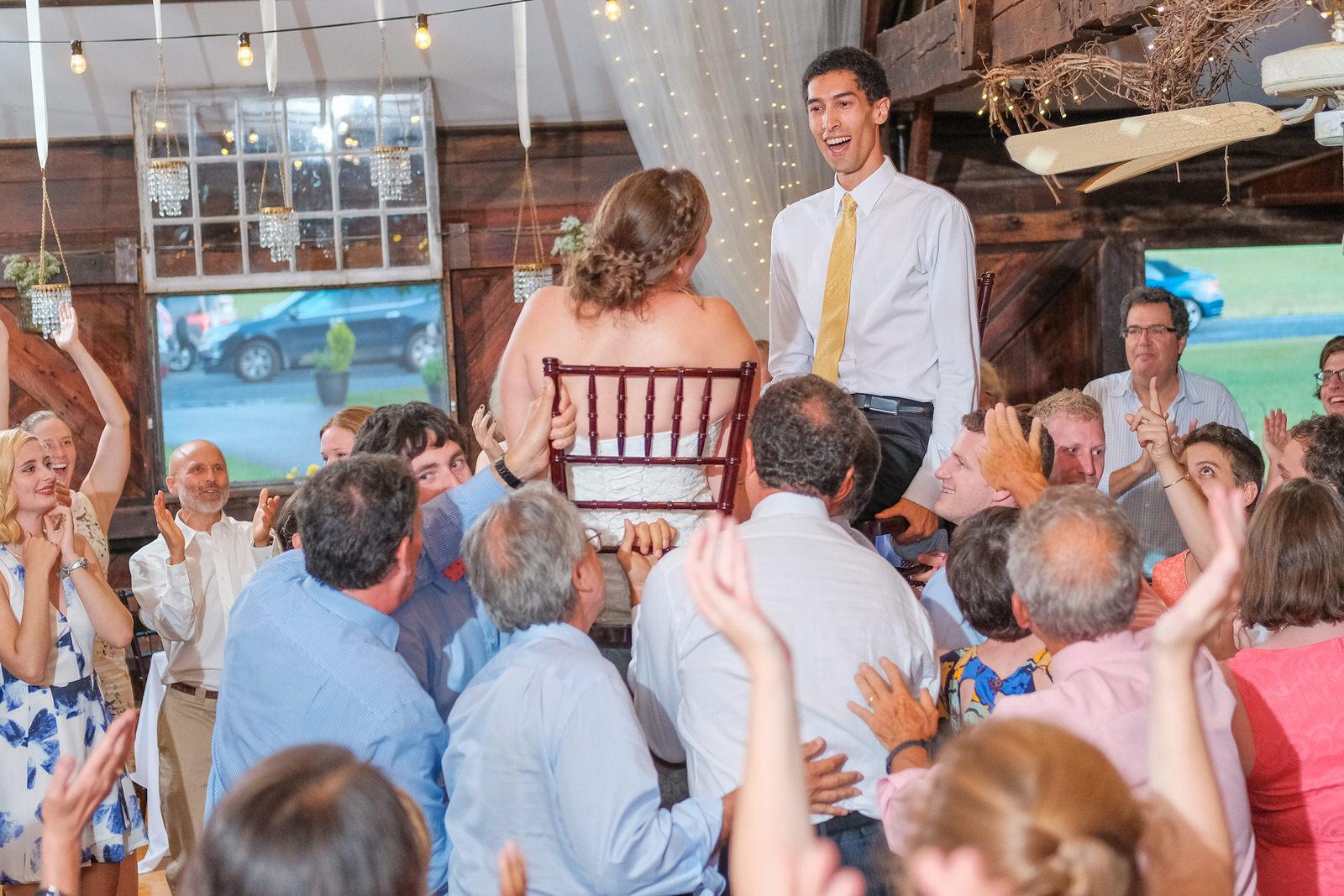 candid-vermont-wedding-photography-1372.jpg