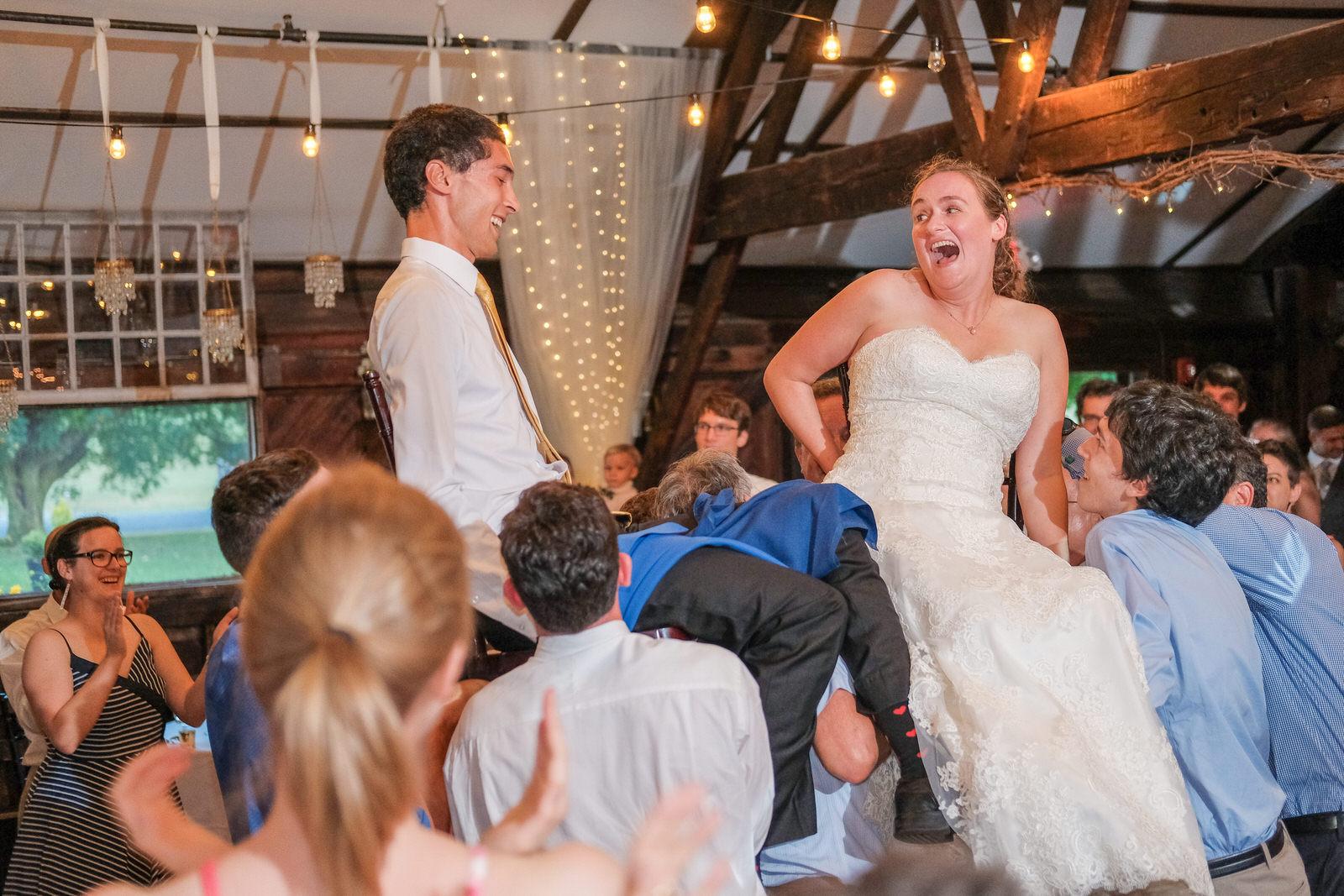 candid-vermont-wedding-photography-1384.jpg
