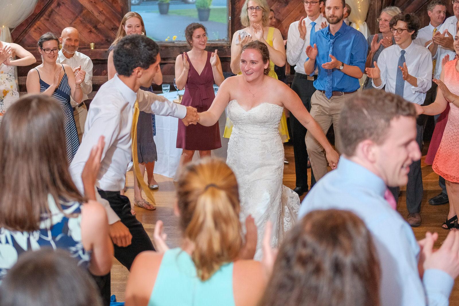 candid-vermont-wedding-photography-1389.jpg