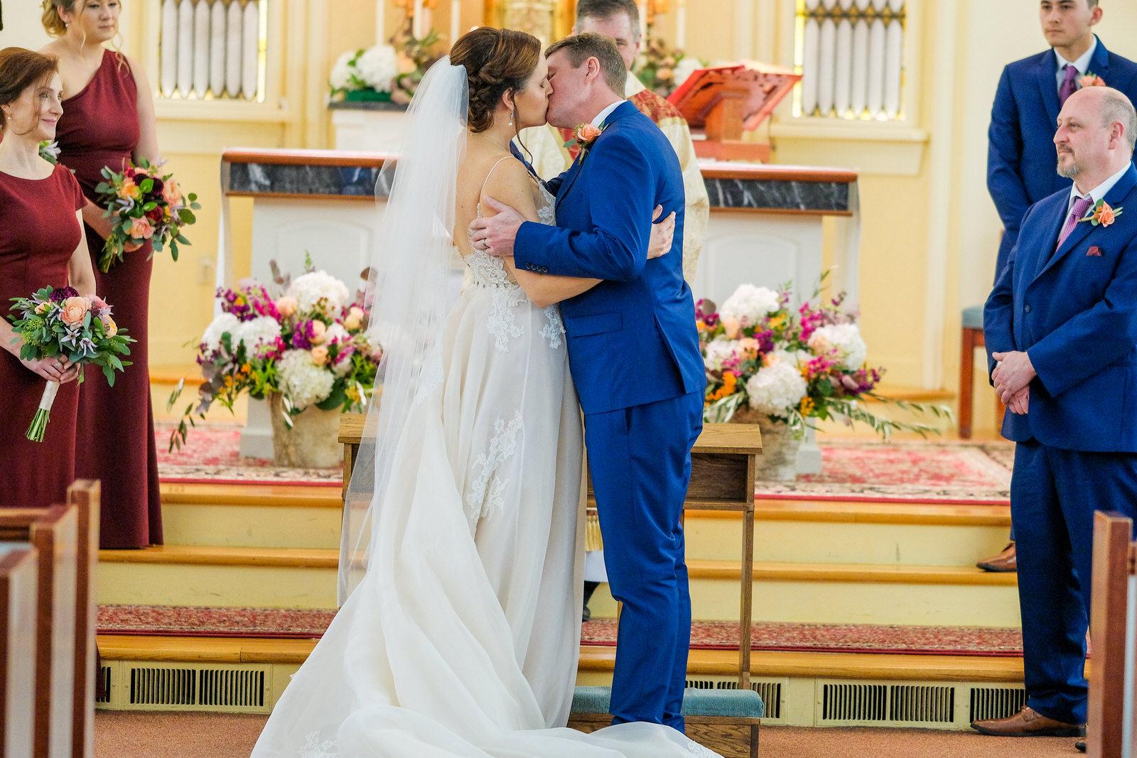 Zorvino-Vineyards-Fall-Wedding-Photography-360.jpg