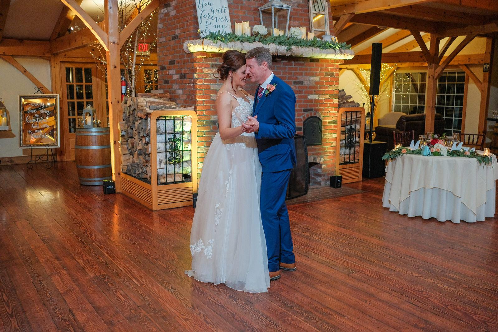 Zorvino-Vineyards-Fall-Wedding-Photography-699.jpg