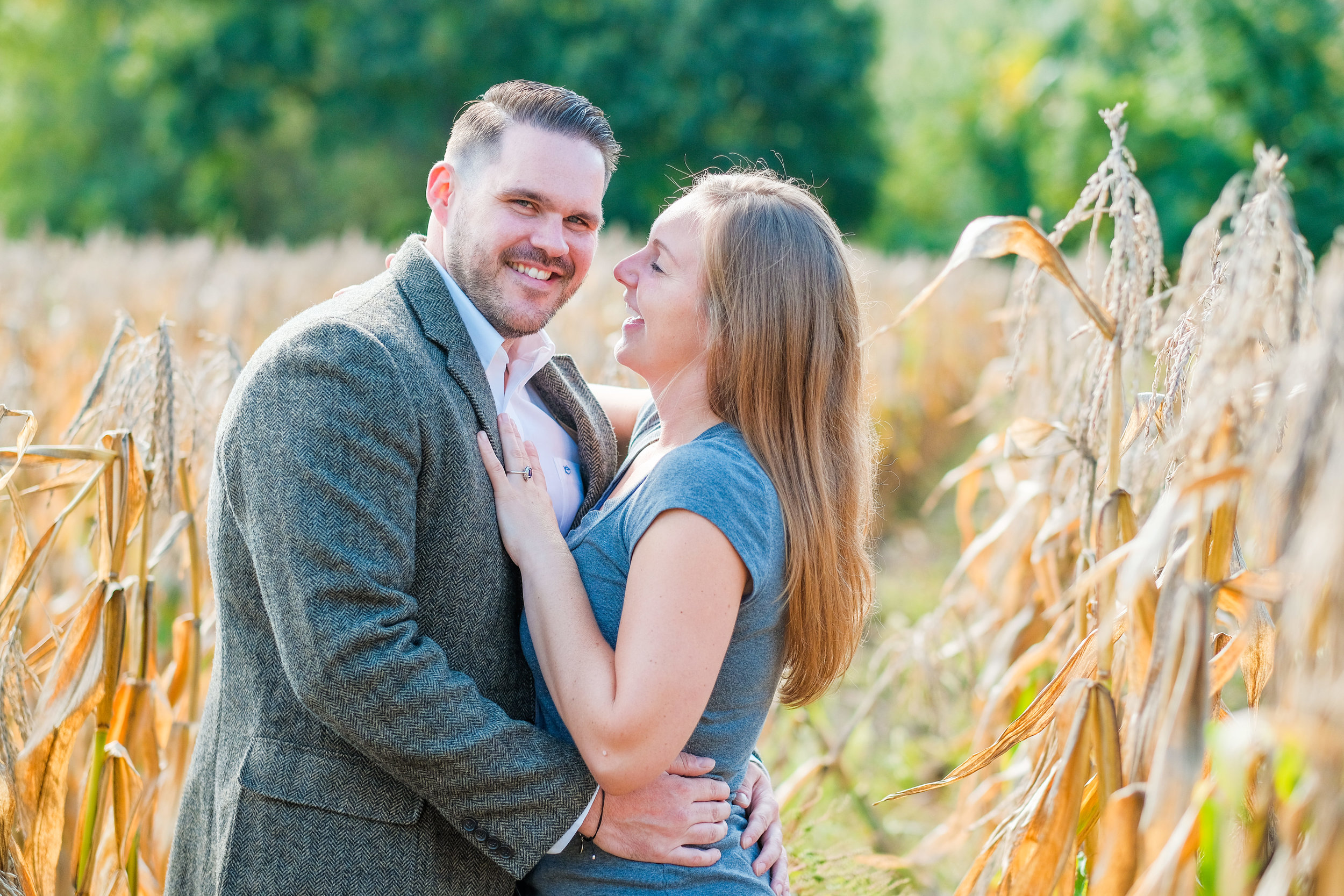 Barn-at-Bradstreet-Farm-engagement-photos-4.jpg
