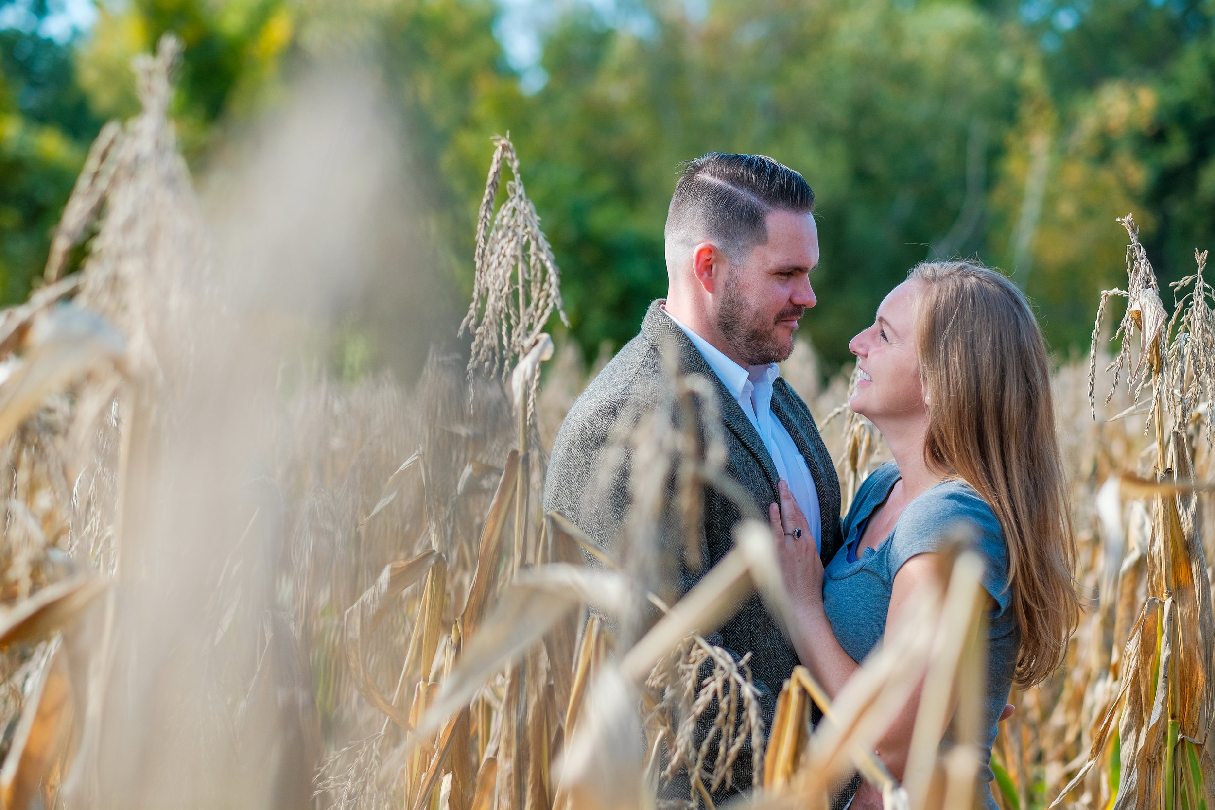 Barn-at-Bradstreet-Farm-engagement-photos-5.jpg