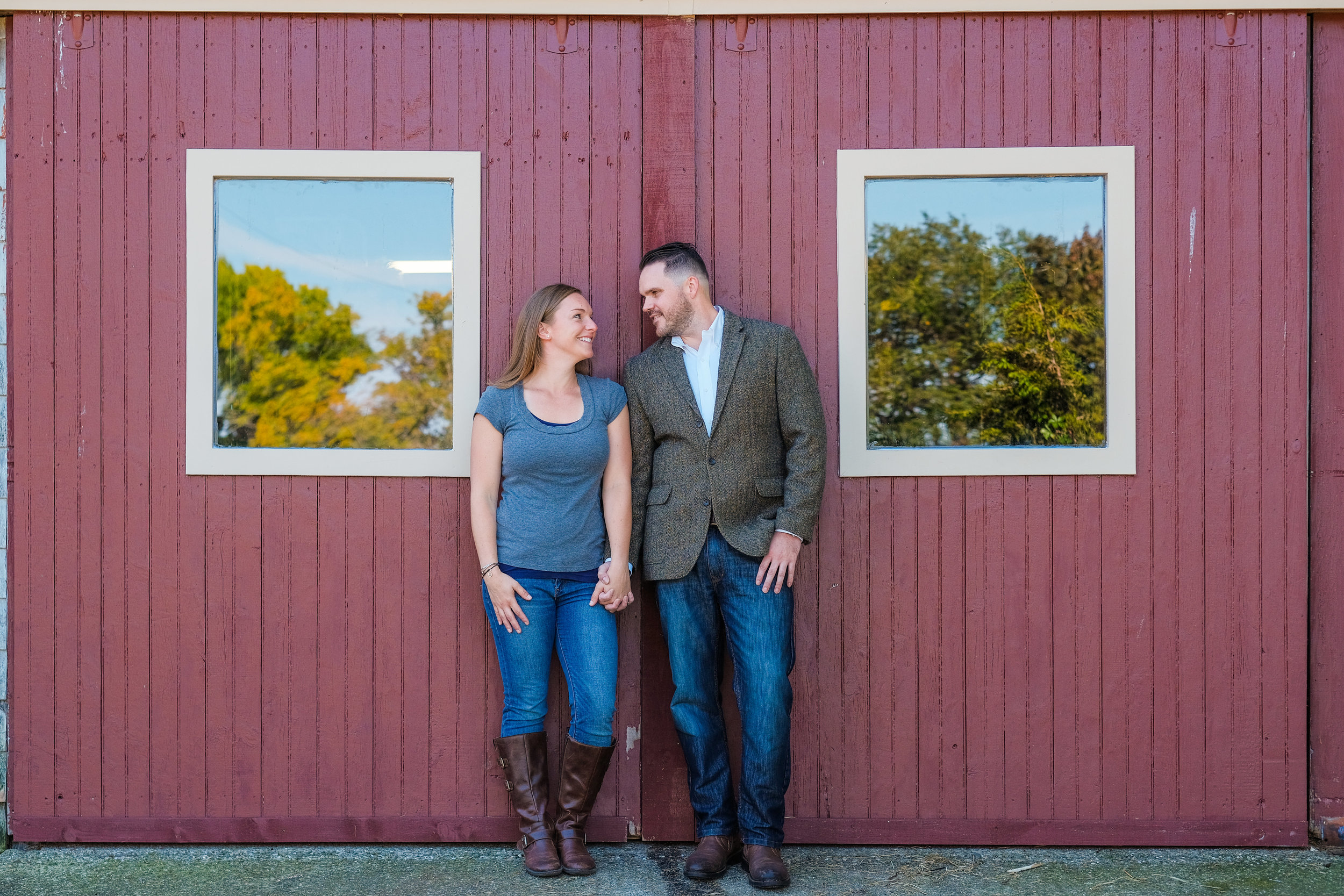 Barn-at-Bradstreet-Farm-engagement-photos-13.jpg