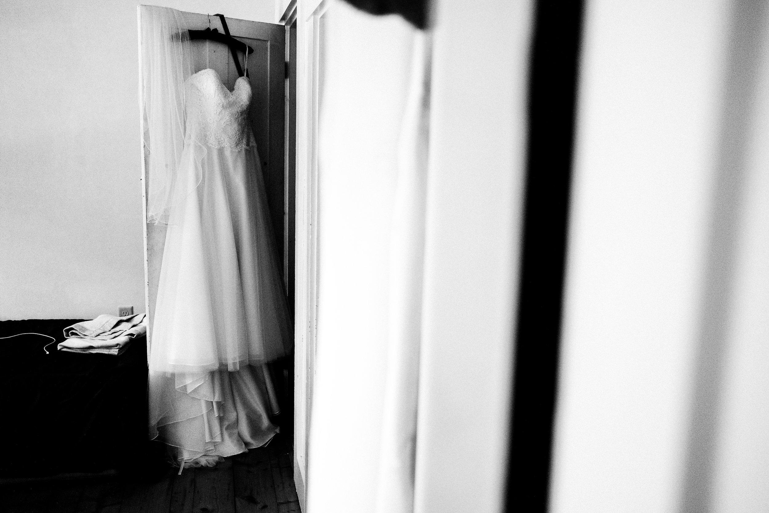 backyard-nh-wedding-photography-73.jpg