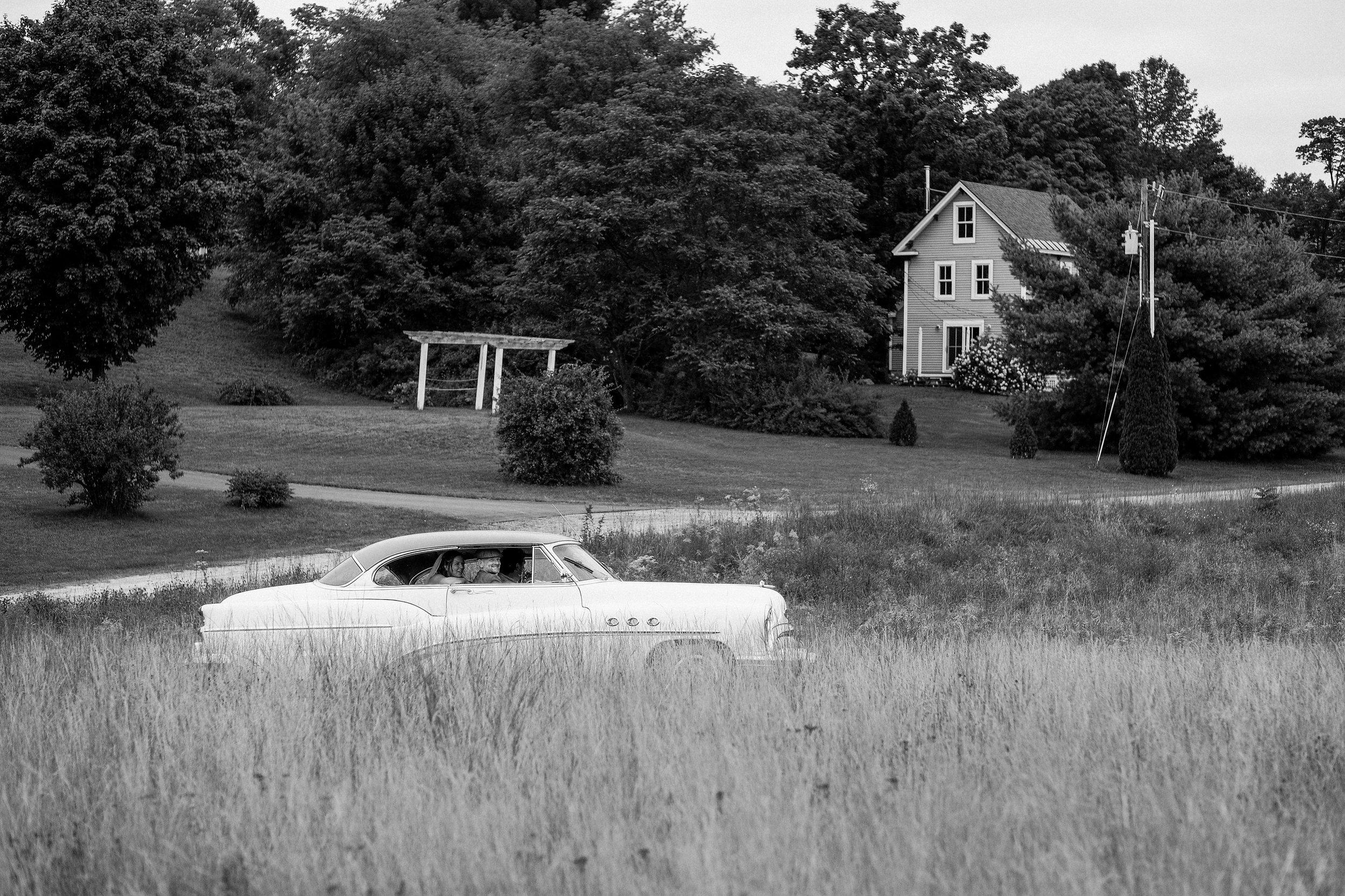 backyard-nh-wedding-photography-364.jpg